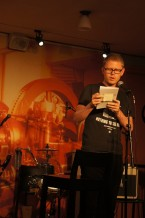 Erik Önnewall på öppen scen