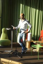Stephan Mendel-Enk läser ur Rosettis syndrom - en maffiahistoria